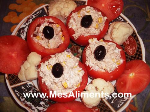Une recette légère, tomates garnies de thon et Saint Morêt